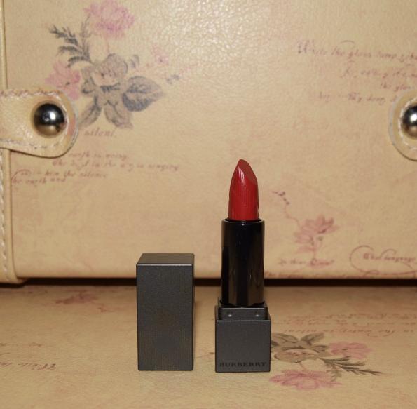 Burberry Lip Velvet, Military Red
